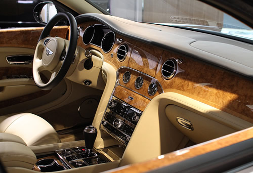 bentley-factory-tour-wood-shop-4