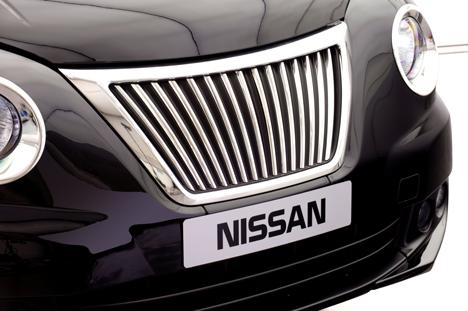Nissan-unveils-new-London-taxi_dezeen_4