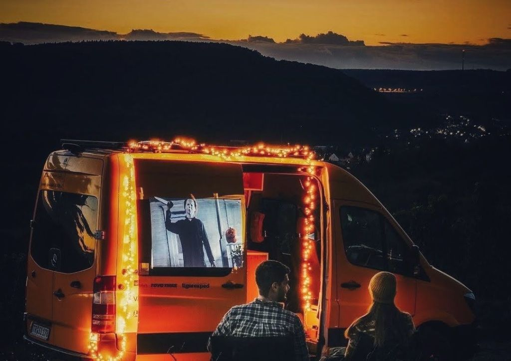 Proyector portatil Camper Autocaravana