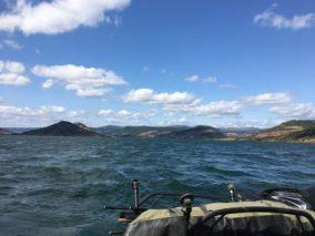 Übersetzen bei rauer See am Salagou