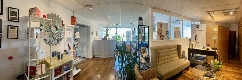 waiting area for best thai massage vancouver