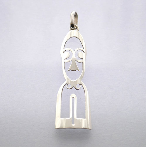 FERN CARVING FACE PENDANT STERLING SILVER