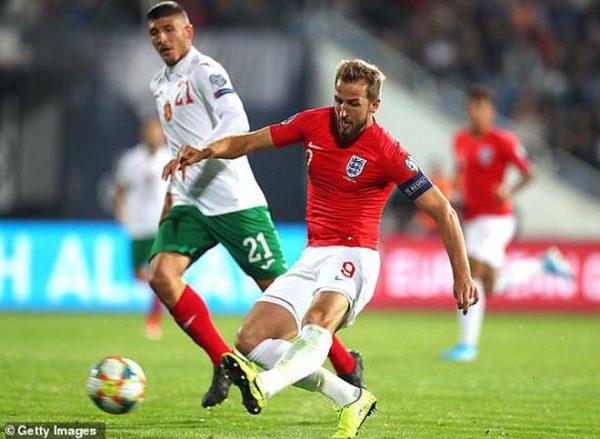 bulgaria-0-6-anh-tam-su-tao-con-mua-ban-thang-2