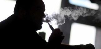 US government no longer advises to stop smoking e-cigarettes