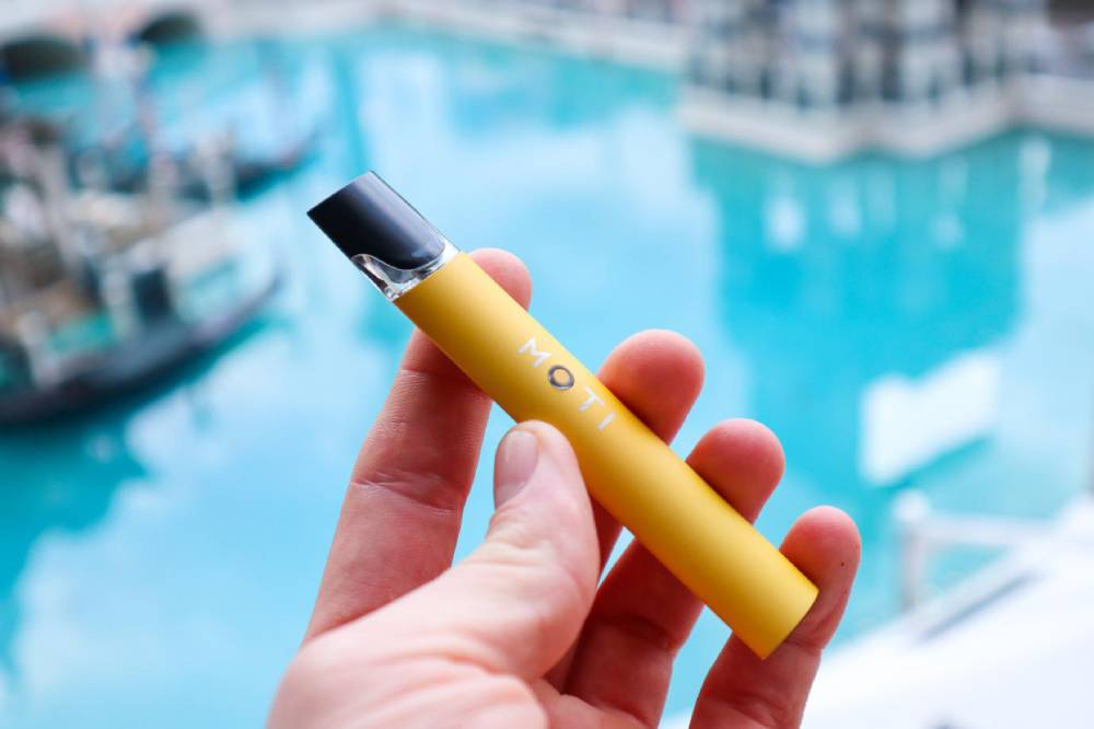 Grab Style and Perfect Communication with Multi Flavored MOTI e-Cigarette