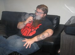 Vaping_on_couch