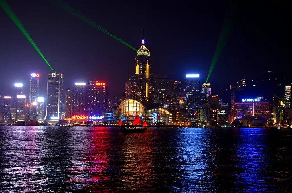 Hong Kong proposes HK$50,000 fine and six months in prison for vape sales