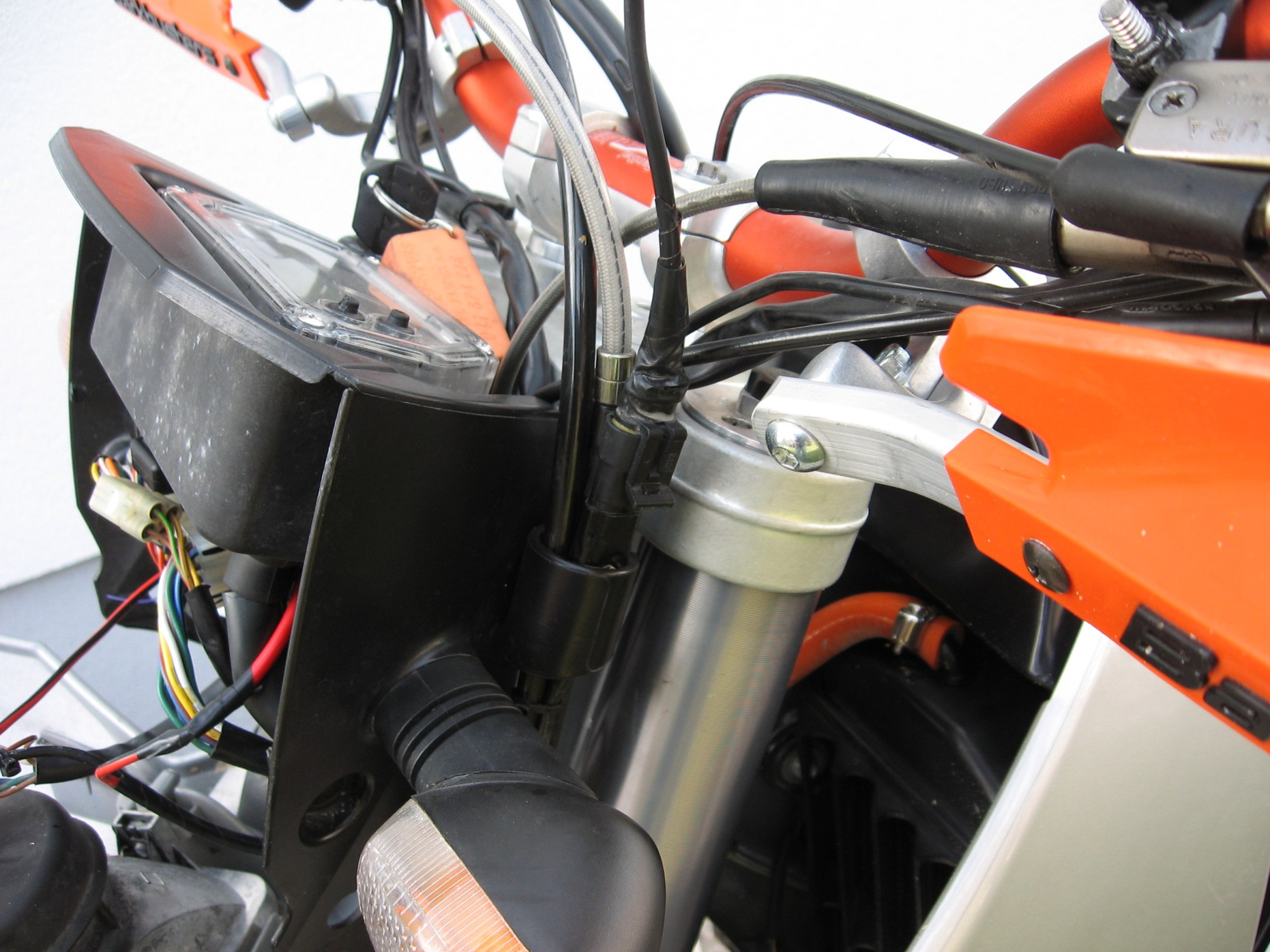 hight resolution of modifications archives adventure dual sport riding img 4773 ktm 640 fuse box