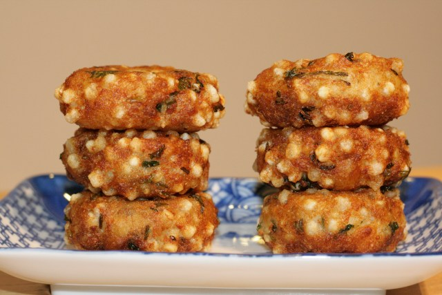 Sabudana vada - traditional form