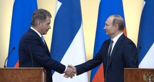 Sauli Niimistö Finnlandsforseti og Vladimír Pútín Rússlandsforseti í Moskvu 22. mars 2016.