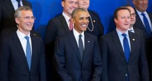 Jens Stoltenberg, Barack Obama og David Cameron á Varsjárfundi NATO.