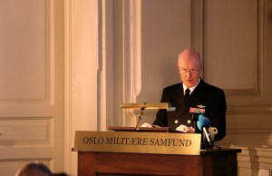 Haakon Bruun-Hanssen, yfirmaður norska heraflans.