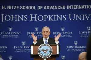 James Mattis varnarmálaráðherra flytur ræðu í John Hopkins-háskólanum,