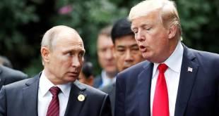 Vladimír Pútín og Donald Trump í Vítenam í nóvember 2017.