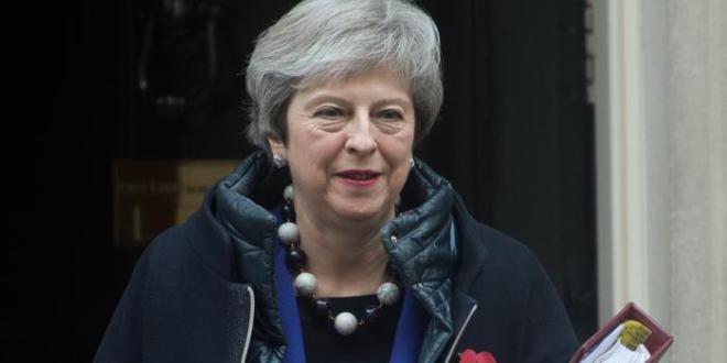 Theresa May kynnir Brexit-samkomulag – uppnám meðal íhaldsþingmanna