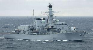 Freigátan HMS Sutherland.