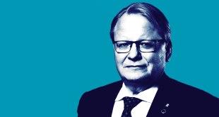 Peter Hultqvist, varnarmálaráðherra Svía.