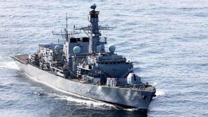 Breska freigátan HMS Sutherland