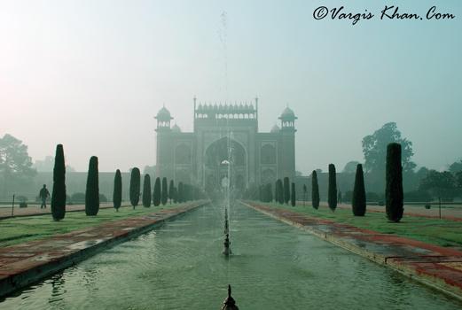shutter-speed-fast-vargis-khan-photography-taj-mahal