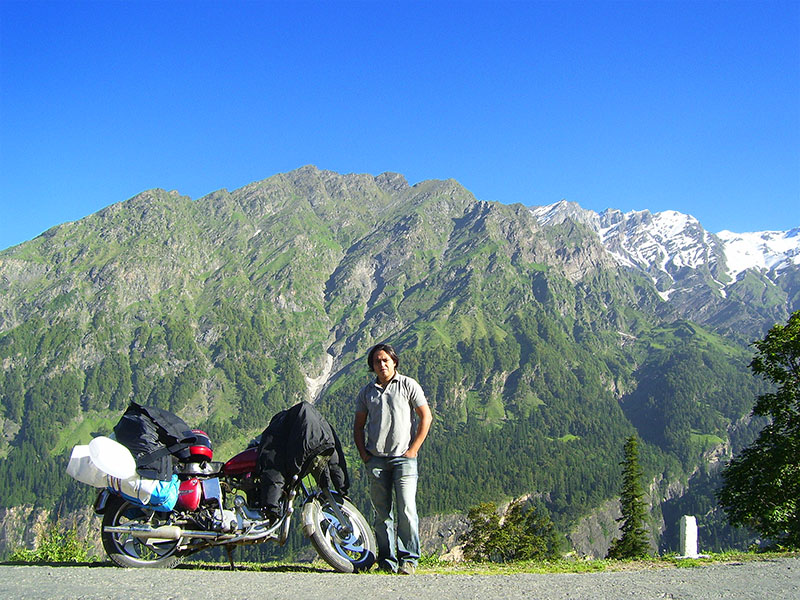 ladakh bike trip with pillion