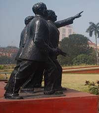 Statues of Badal, Benoy and Dinesh