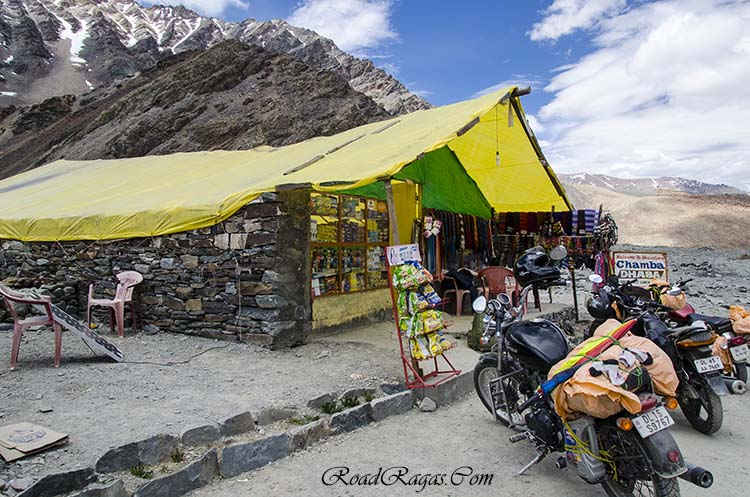accommodation on manali leh highway