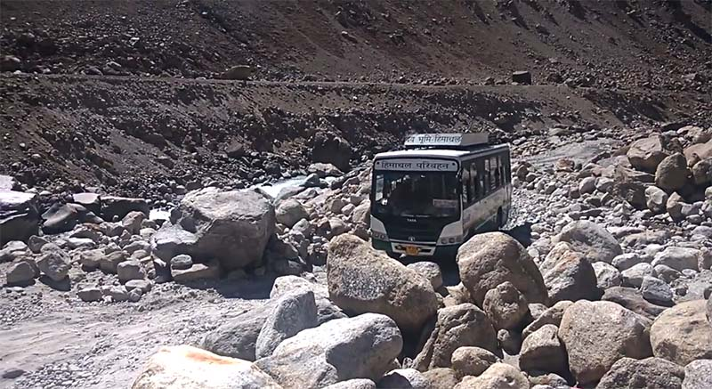 spiti valley bus service