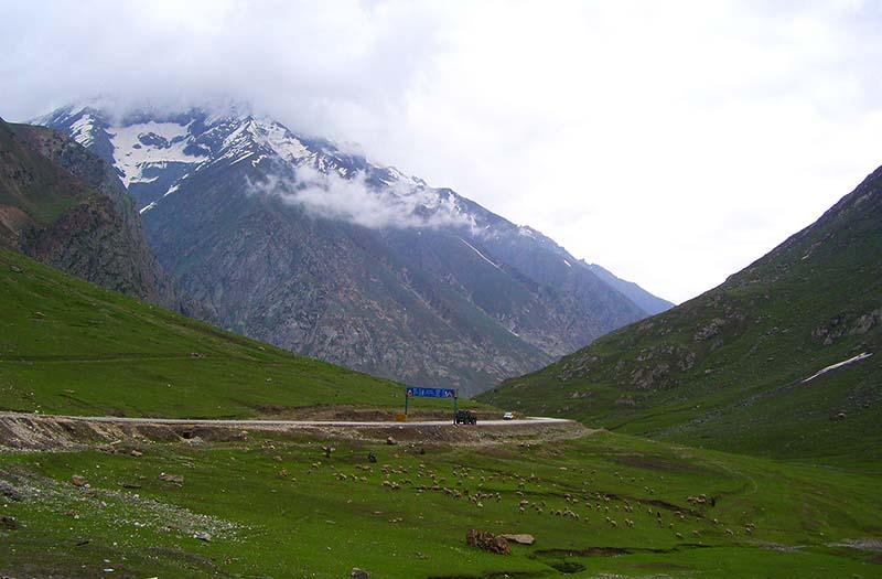 is srinagar leh highway safe