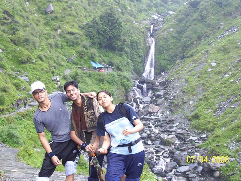 trekking and camping in mcleodganj to Bhagsu Waterfall