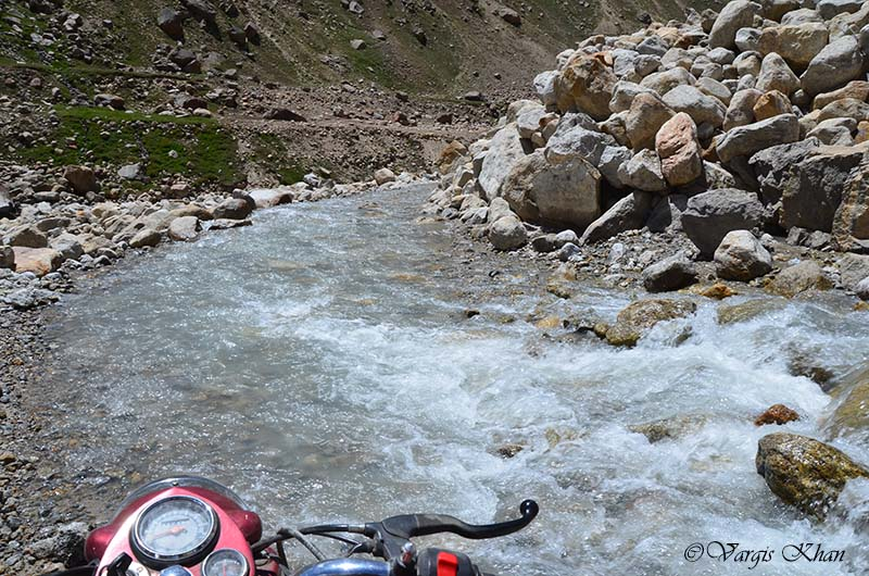 how to reach spiti valley by bike