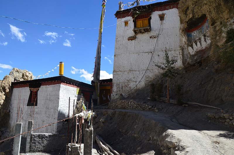 narrow pathway in dhankar village