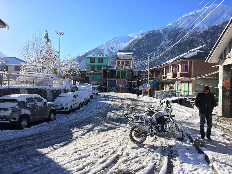 snowfall in sangla