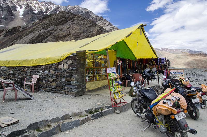 things to carry for Manali Leh bike trip