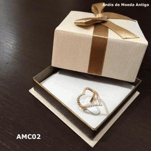 Anel de Moeda Antiga Coração com Zircônias – AMC02