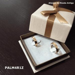 Par de Aliança de Moeda Antiga Reta 4MM com Revestimento em Prata com 1 Zircônia – PALM4R1Z