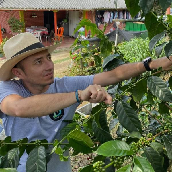 Colombia – El Paraiso Villa Rosita – Diego Samuel Bermúdez Anaerobic Fermentation Coffee Direct Trade Espresso Fair2Farmer Filter Washed