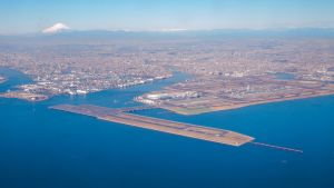 羽田空港の上空から見た多摩川