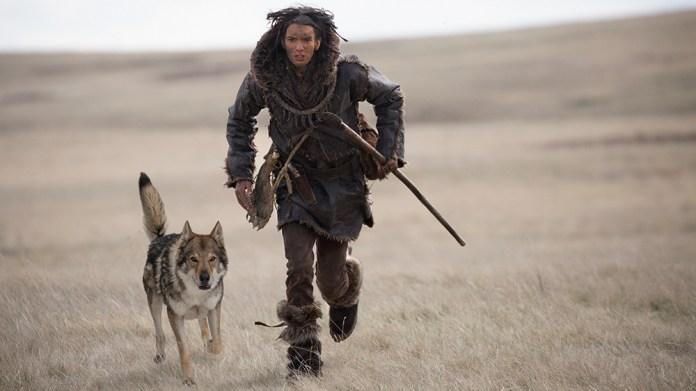 Alpha 'Review: Kodi Smit-McPhee in a Prehistoric Survival Thread - Variety