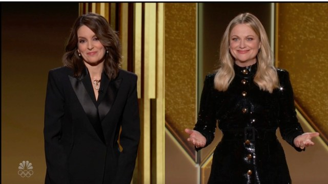 Tina Fey, Amy Poehler's Golden Globes Monologue Targets HFPA Diversity -  Variety