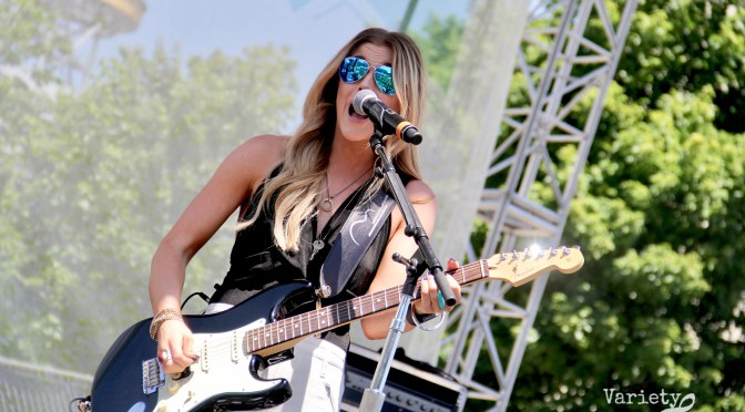 Photo Gallery: Lindsay Ell Performs At CMA Fest