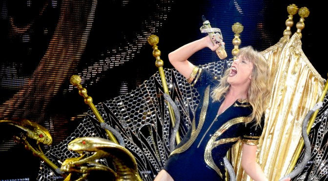 Taylor Swift Is the Queen of Her 'Reputation' on Stadium Tour!