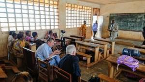 Adaptation et transposition de l'étude collective d'une leçon en Afrique subsaharienne: difficultés et résistances