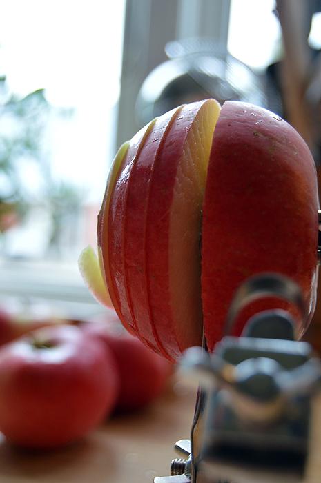 Æbler skæres i skiver