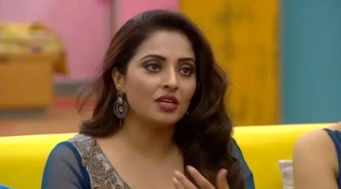 Life Lessons from Mumtaz on Bigg Boss Tamil 2 | Varnam MY