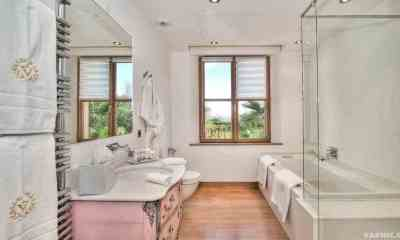 Transform Your Bathroom with Interior Design Tricks | Varnic