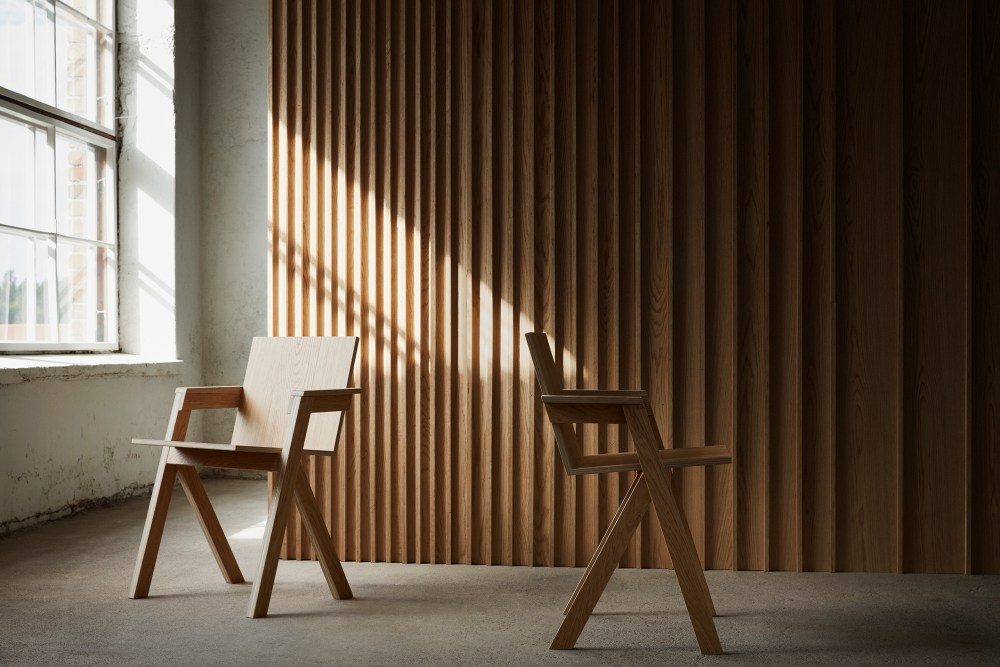 Timberwise Design Project_Twise chair_TXT wall