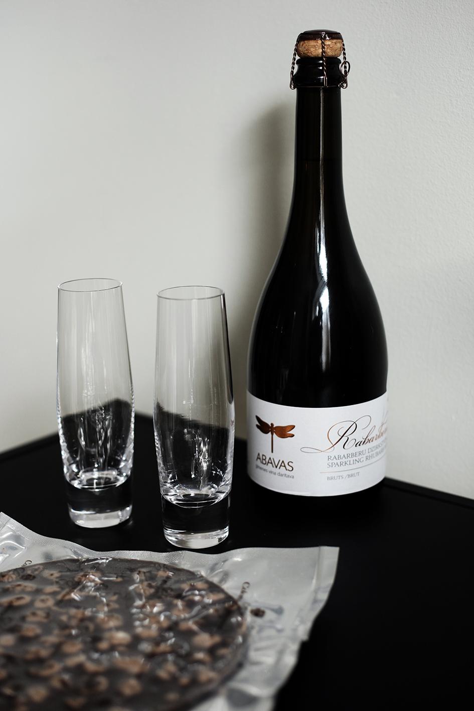 rhubarb_wine_susannavento