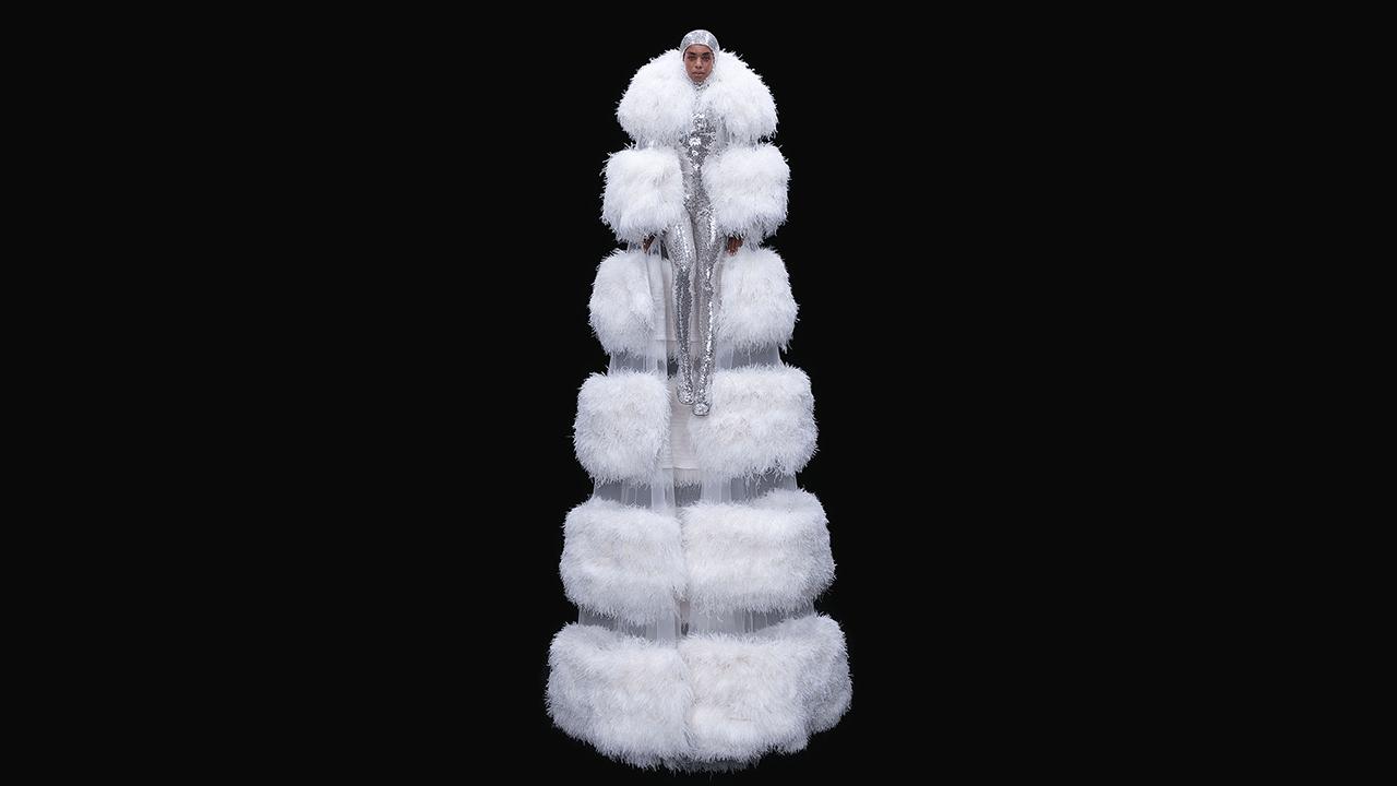 AW20 Haute Couture nümayişləri haqqında bilməli olduğunuz hər şey