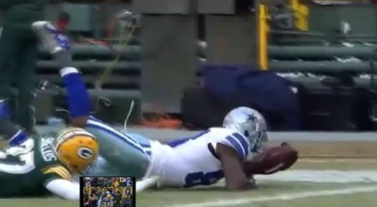 The one picture that shows that Dez Bryants catch was ligitimate and that the NFL was wrong.