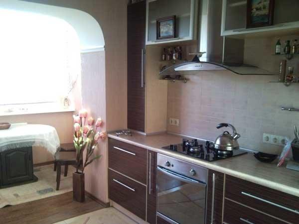 дизайн кухни совмещенной с балконом 2